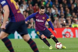 Messi esclafa el Betis amb un hat-trick i el Barça és més líder (1-4)