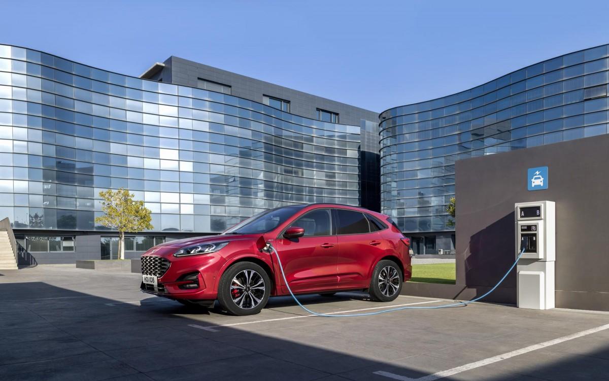 Ford electrifica la seva gamma al complet