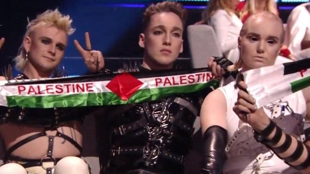 El conjunt punk islandès a l'espera de rebre el televot a la gala a Tel Aviv