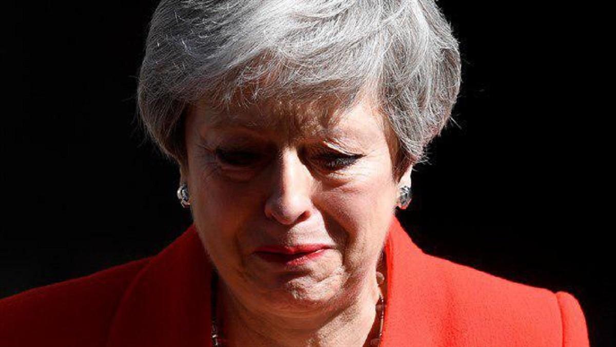 Theresa May dimiteix com a primera ministra.