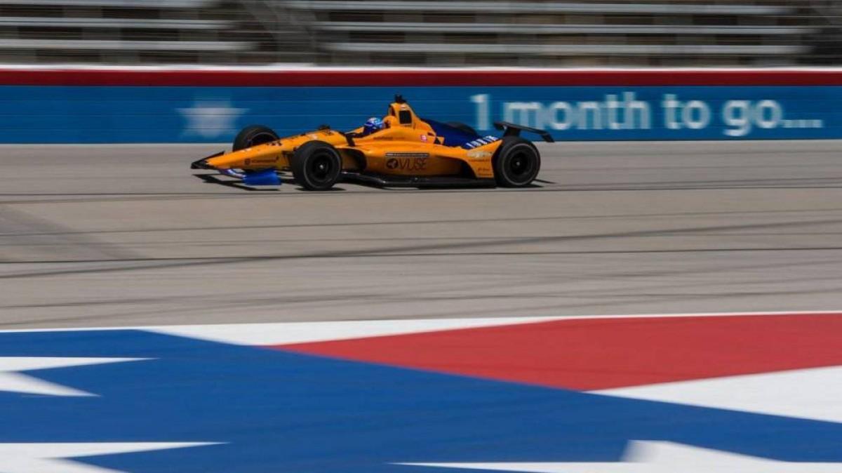 El McLaren d'Alonso durant la nefasta qualificació