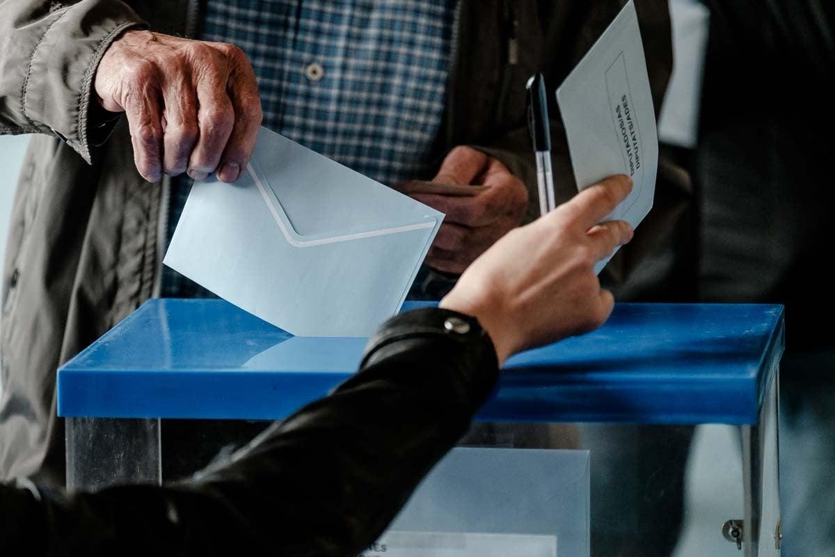 Votació en un col·legi electoral el passat 26 de maig