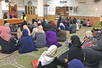 La Generalitat impulsa un projecte per erradicar la islamofòbia i l'antigitanisme