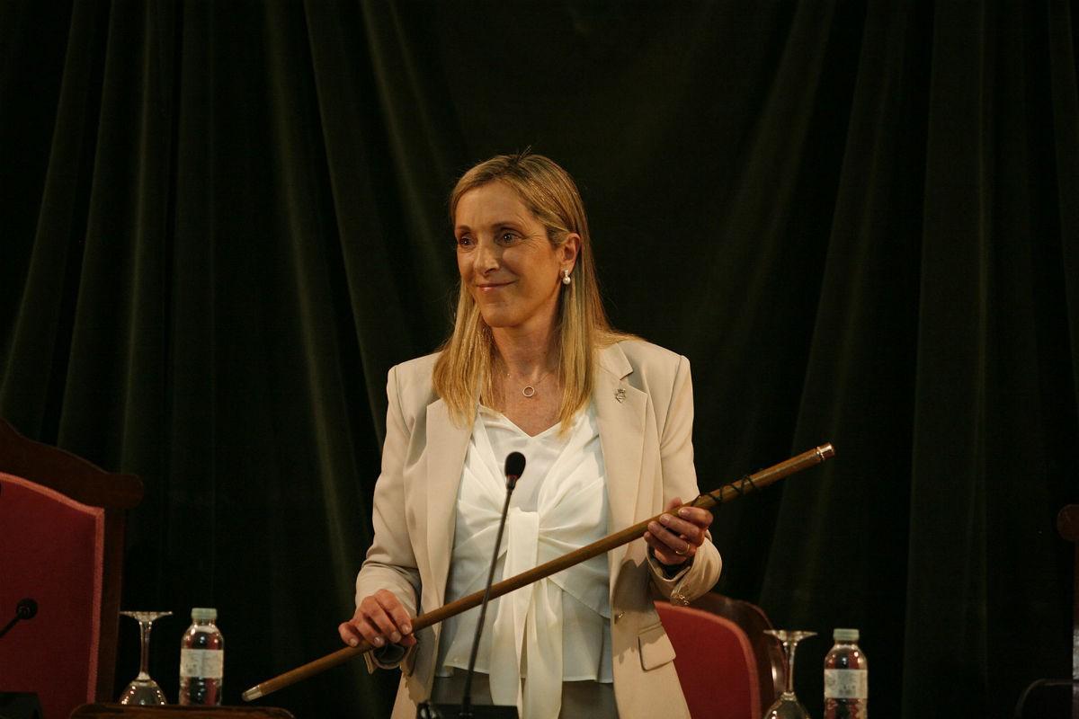 Dolors Farré, nova alcaldessa de Valls en el ple d'investidura.