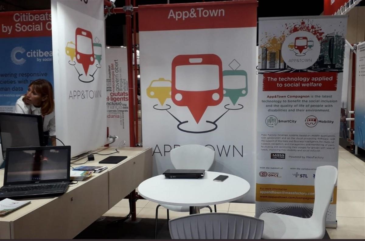 Una app catalana guia persones amb discapacitat als busos del Quebec
