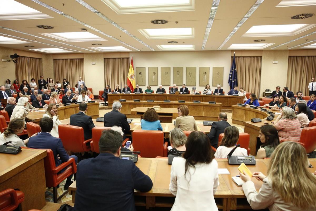 Presa de possessió dels eurodiputats davant la Junta Electoral Central.