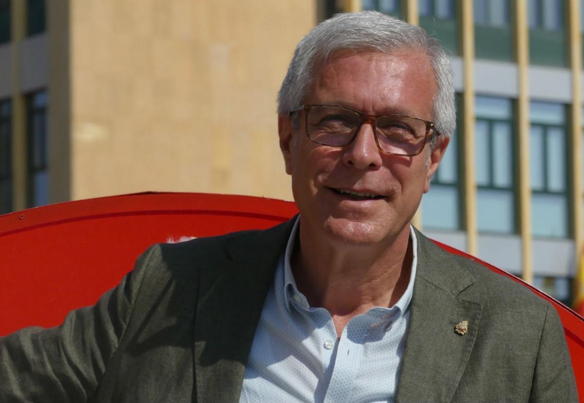 Josep Fèlix Ballesteros, exalcalde de Tarragona, durant l'entrevista.