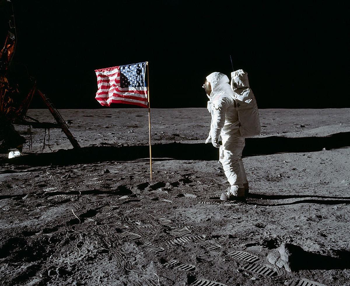 L'astronauta Edwin Buzz Aldrin, trepitjant la Lluna