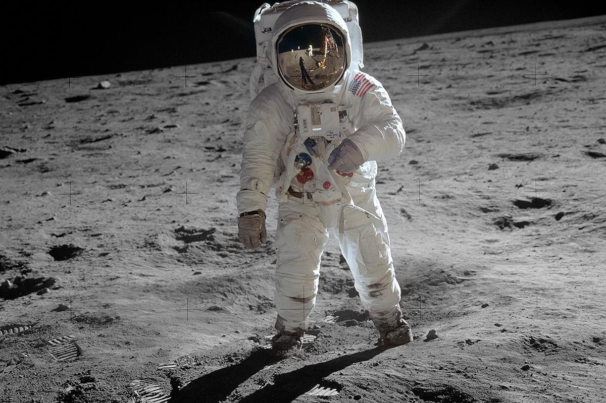 L'astronauta Edwin Buzz Aldrin, trepitjant la Lluna l'any 1969