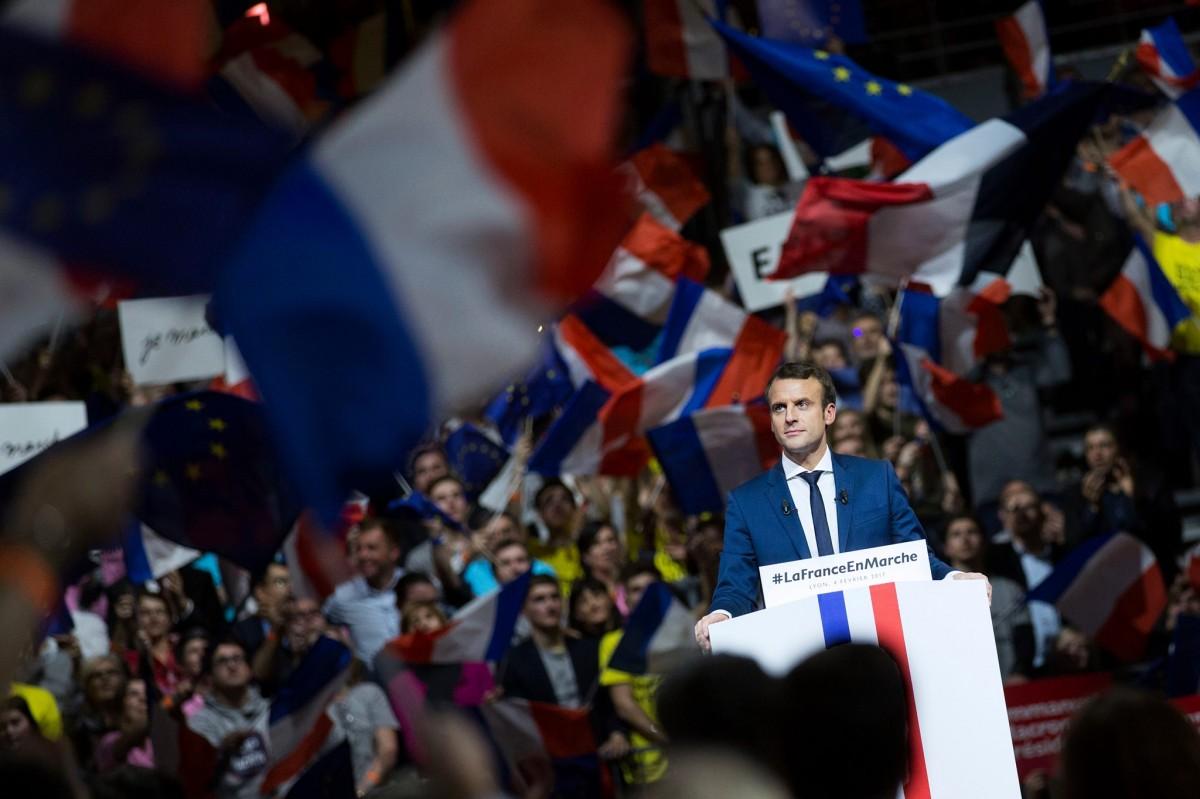 Míting multitudinari d'Emmanuel Macron el 2017, quan el moviment En Marche va esdevenir un fenomen de masses mai vist fins llavors.