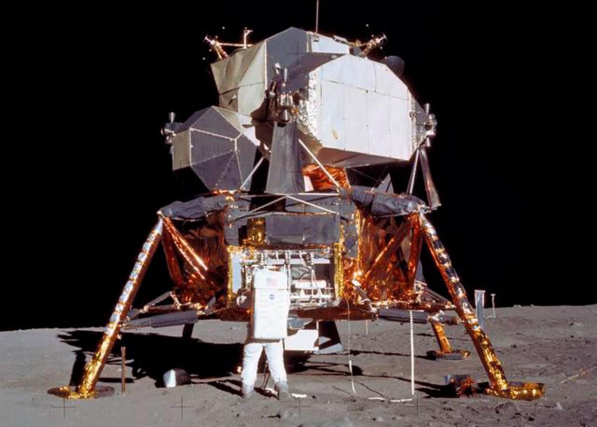 El primer viatge amb tripulants a la Lluna