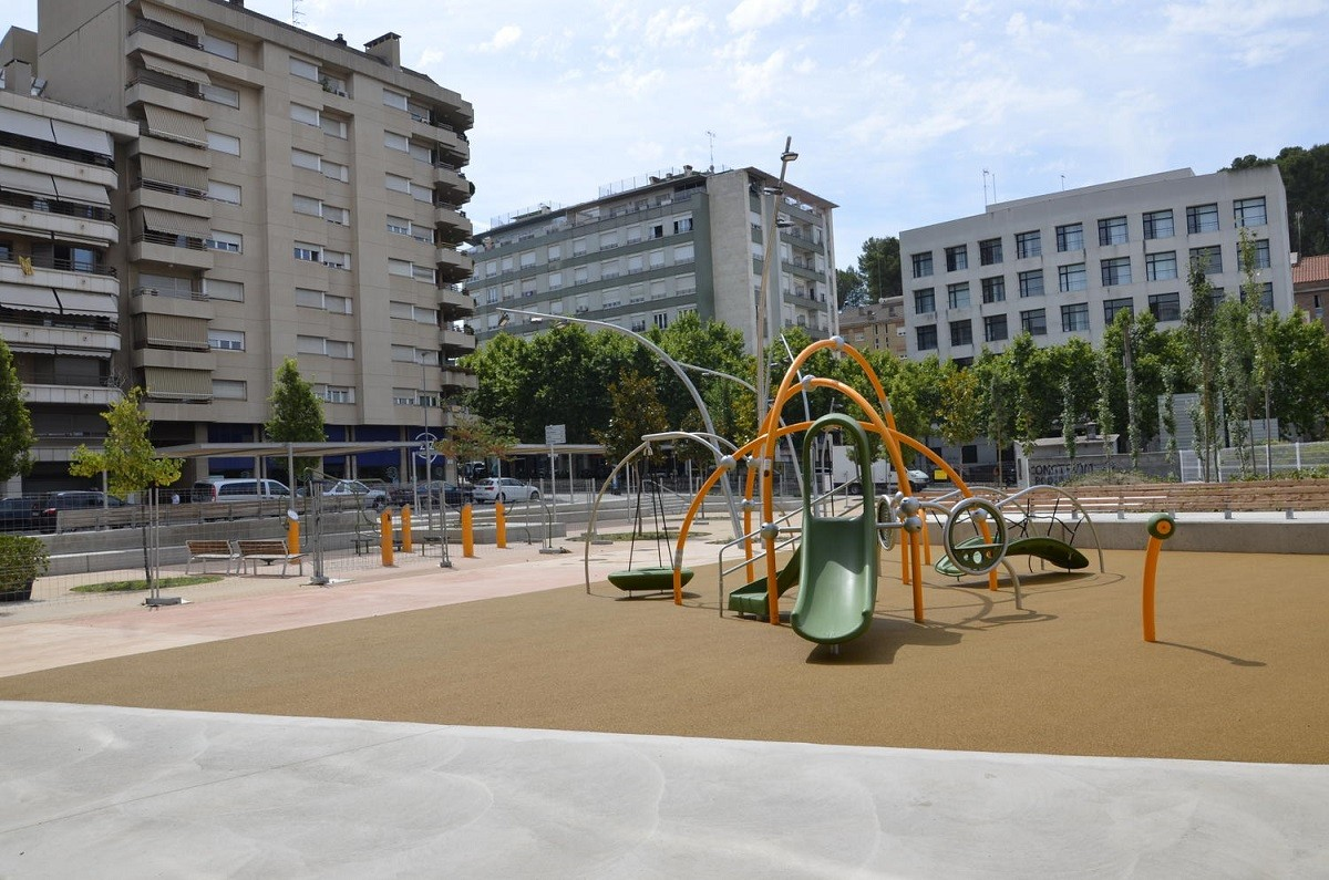 La placa s'instal·larà a la plaça Simeó Selga