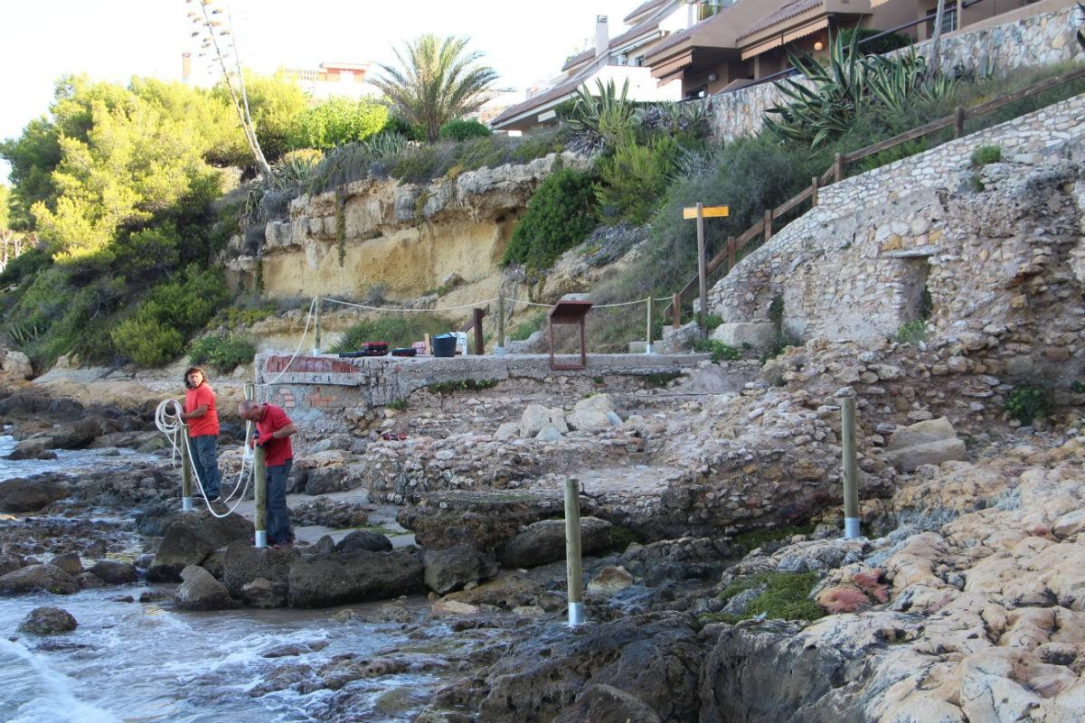 L'Ajuntament d'Altafulla delimita del Bany de Mar de la Vil·la romana dels Munts.