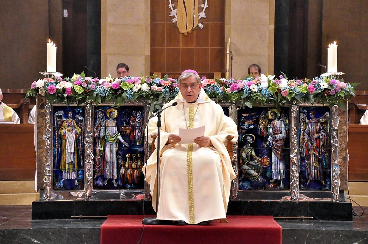 L'abat Josep Maria Soler durant una lectura dominical a Montserrat.