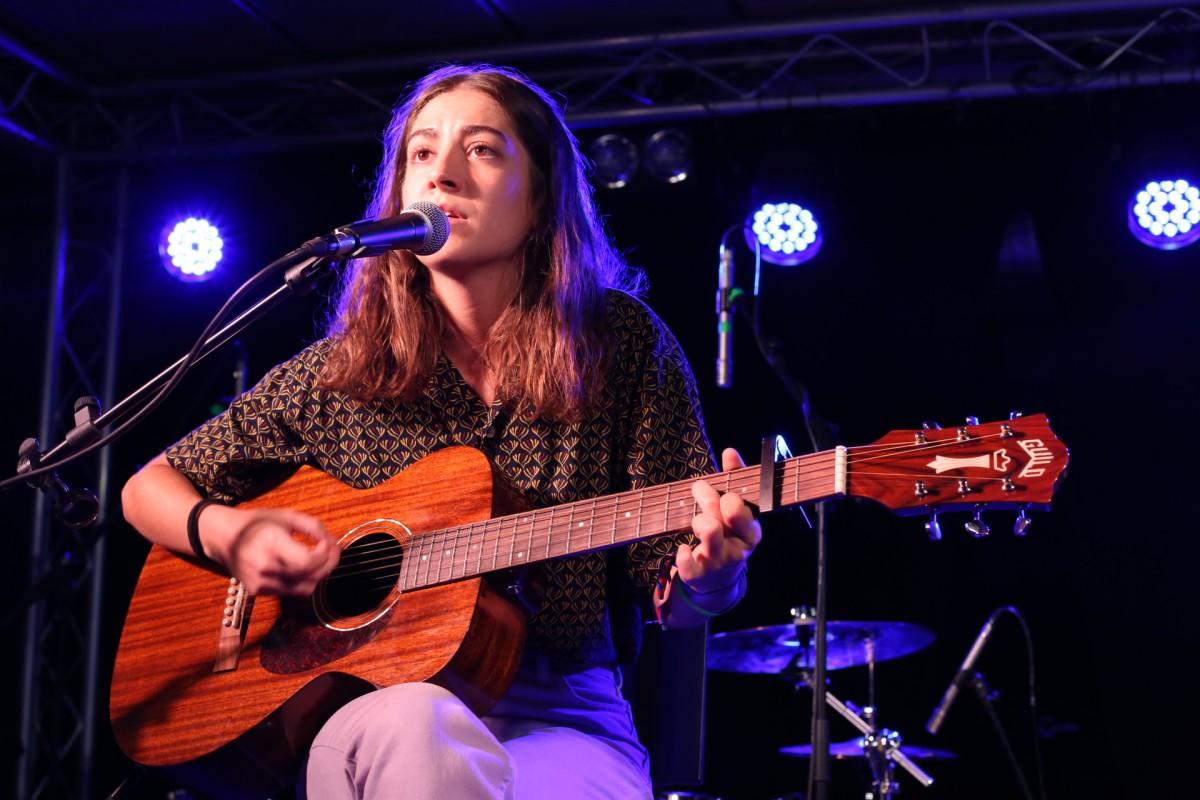 Maria Jaume Martorell en directe a la Capsa de Música, semifinal Sona9 2019