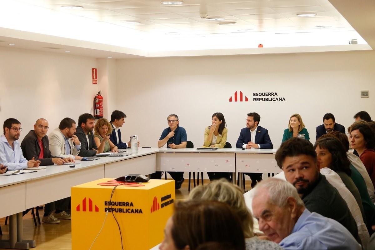La nova direcció d'ERC, reunida aquest dilluns