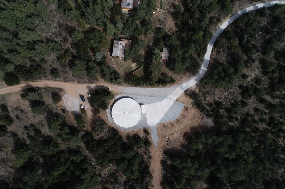 Un dipòsit d'aigua construït al municipi de Prades