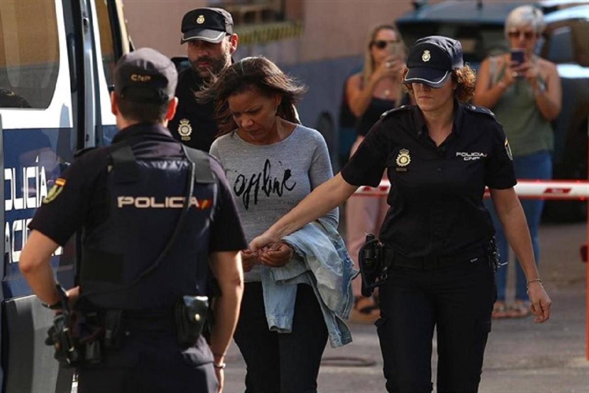 Ana Julia Quezada arribant aquest dijous a l'Audiència Provincial d'Almeria.