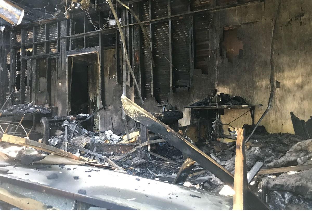Un incendi va calcinar una casa a Florida.