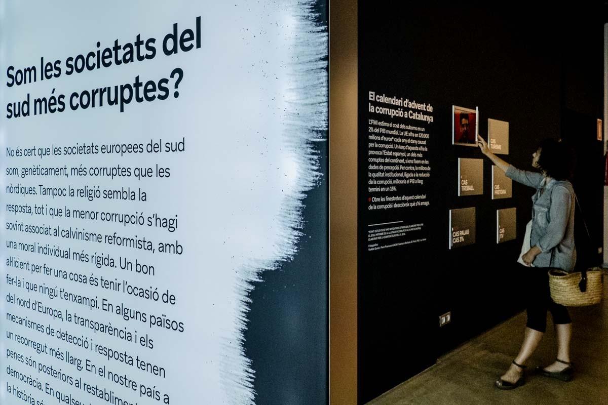 Exposició sobre corrupció al Palau Robert