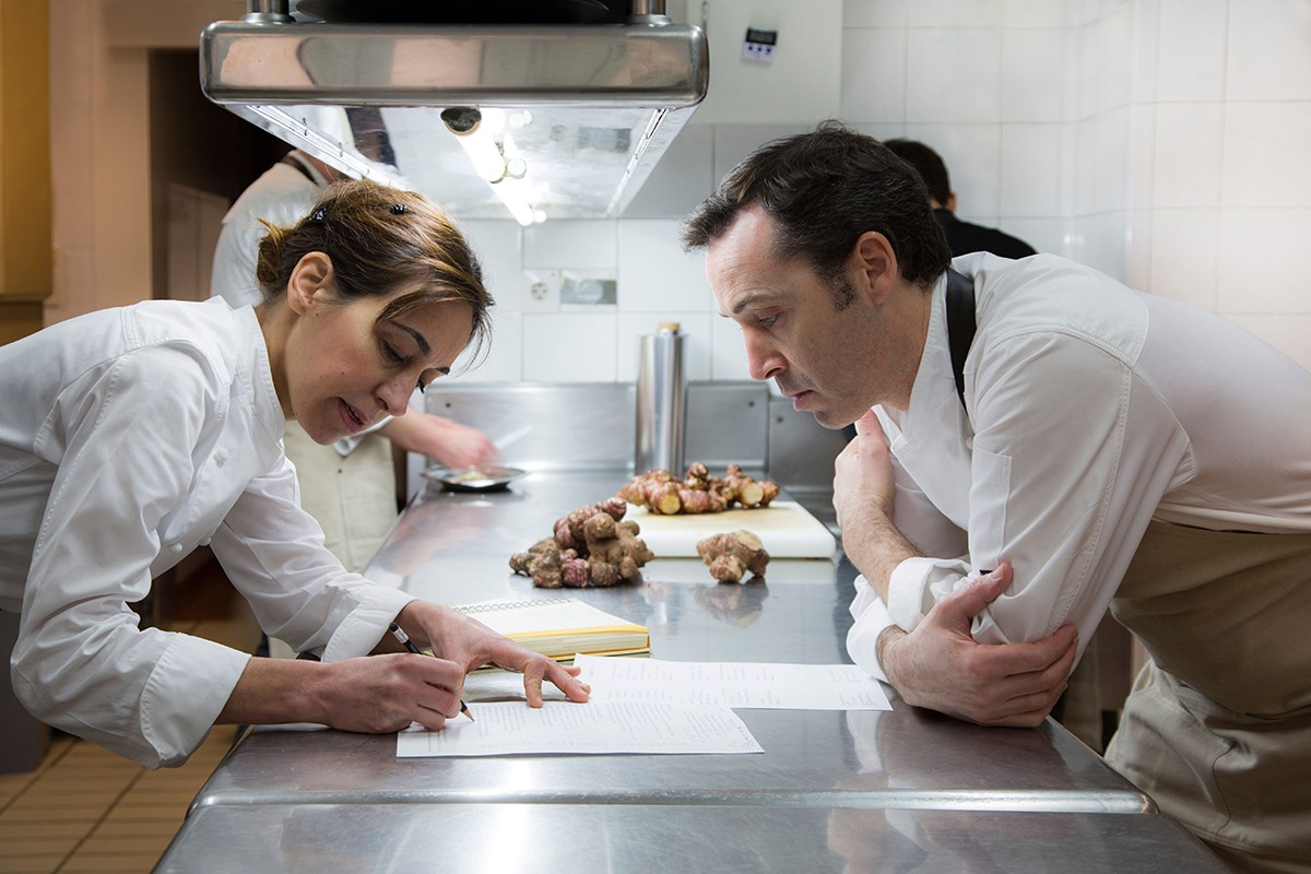 Núria Gironès amb el cap de cuina Jordi Juan