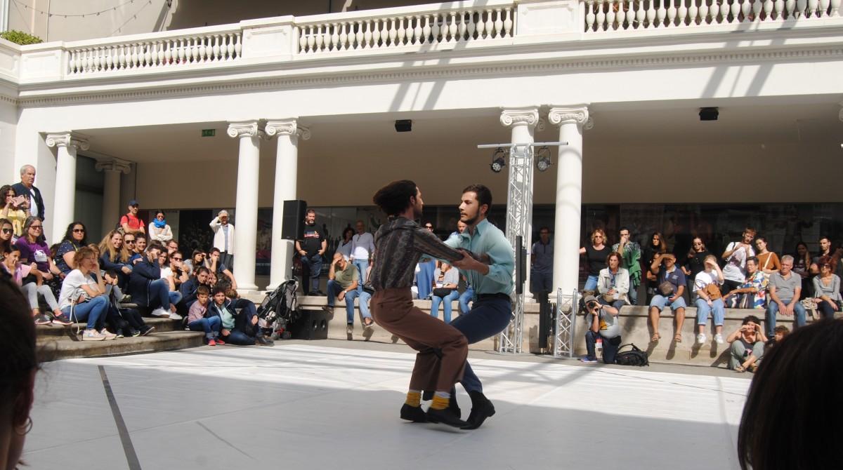 Giovan Francesco Giannini i Gianmaria Borzillo durant una de les seves actuacions al pati del Kursaal