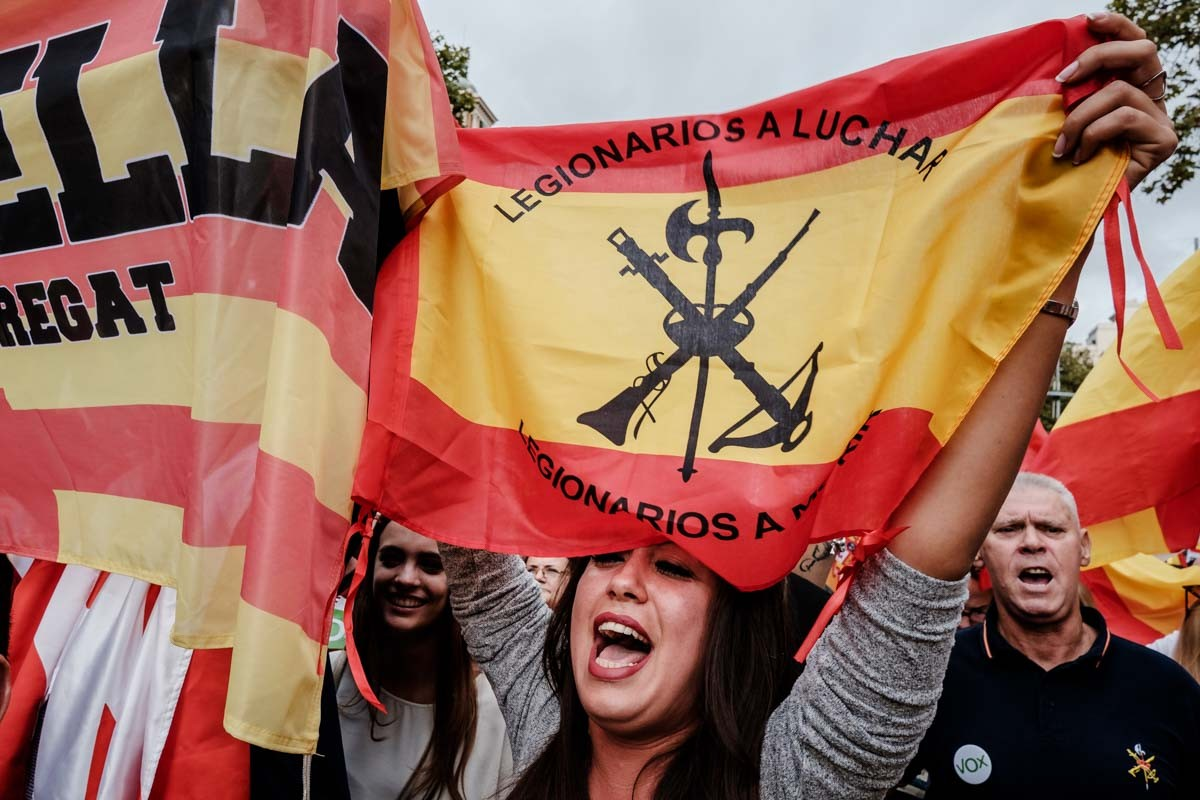 Manifestació del dia de la Hispanitat a Barcelona, amb apel·lacions directes a lluitar i a morir.