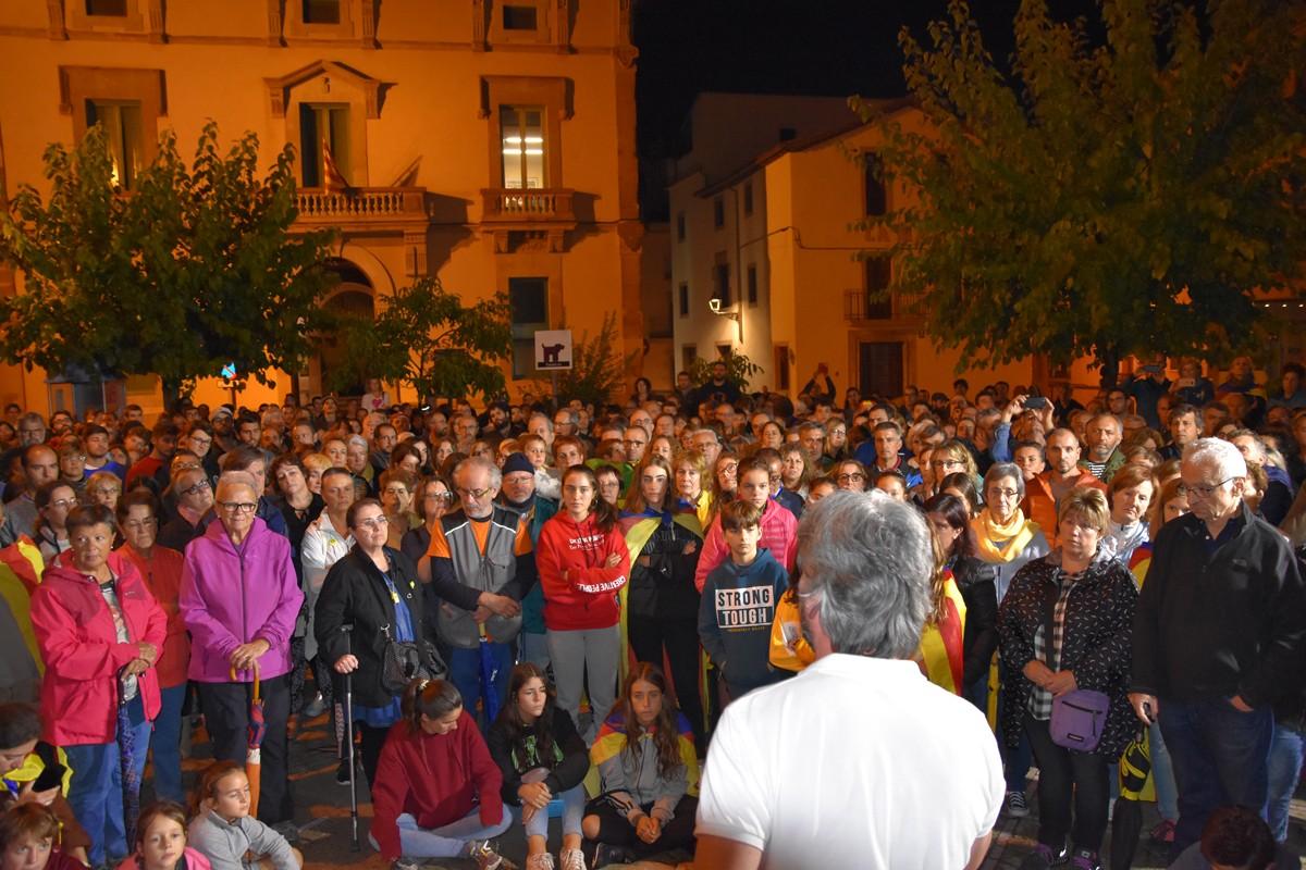 L'alcalde de Moià, Dionís Guiteras, dirigint-se als concentrats