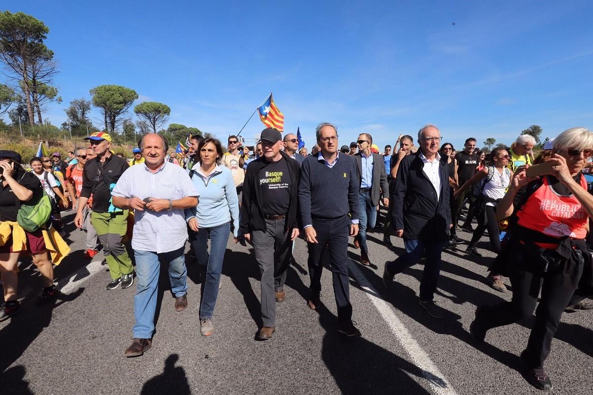 El president de la Generalitat, Quim Torra, participant en la Marxa per la Llibertat