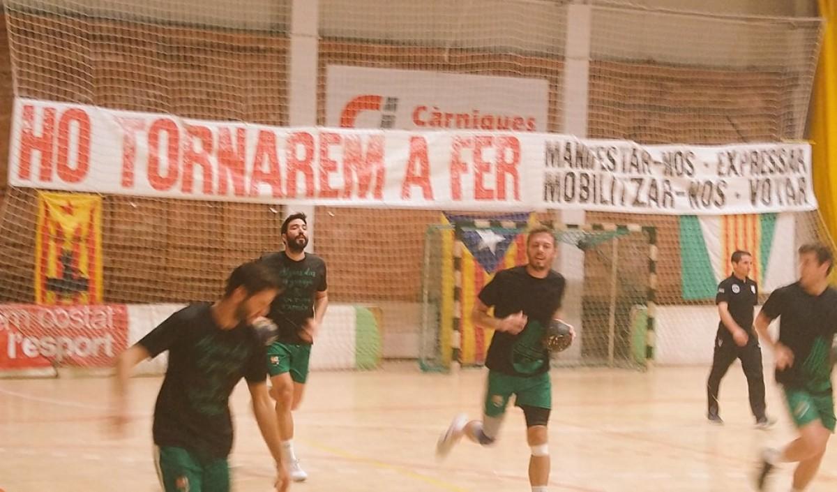 El Bordils i el Sarrià no disputen el primer minut del seu partit de Copa en un gest que podria tenir repetició