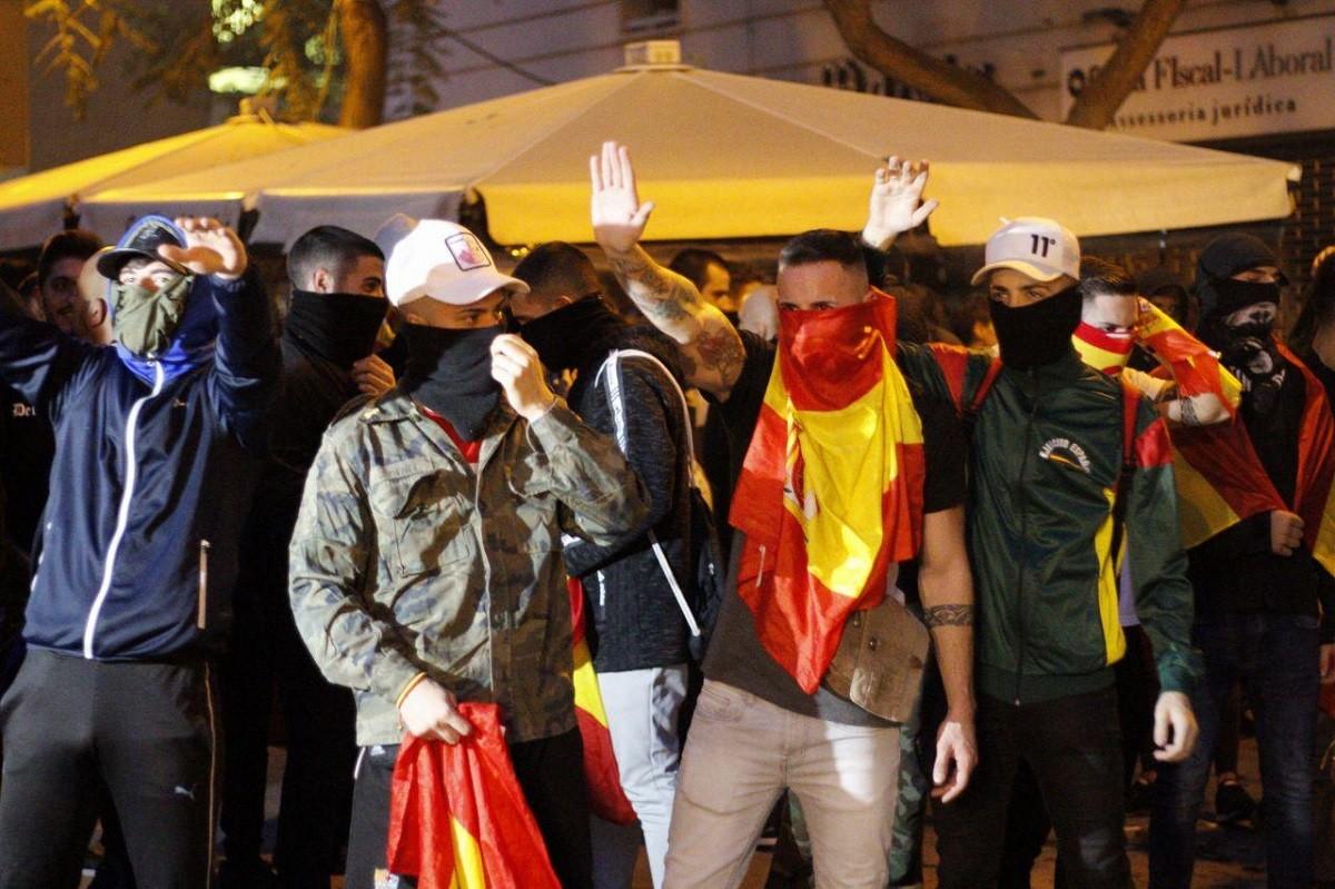 Ultres manifestant-se a Barcelona