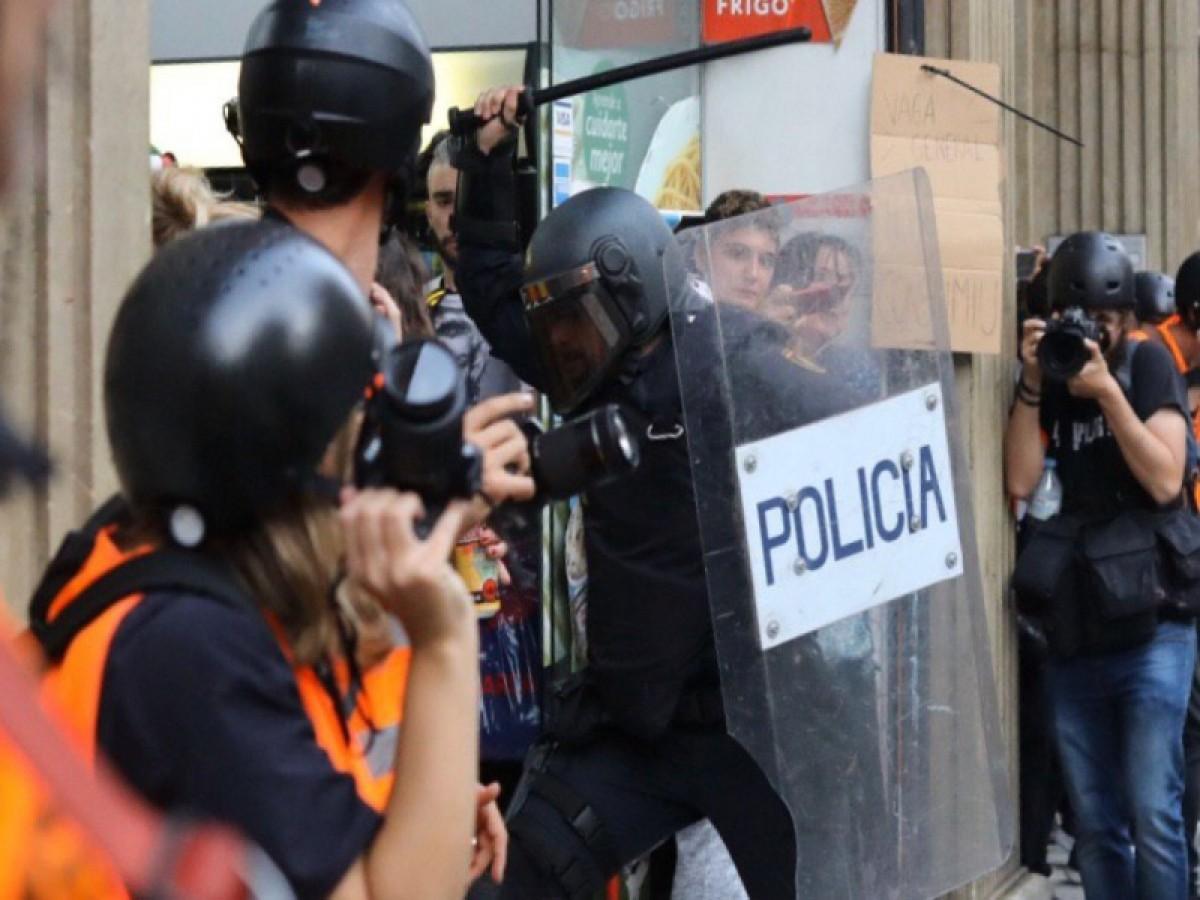 Càrregues policials a la Via Laietana