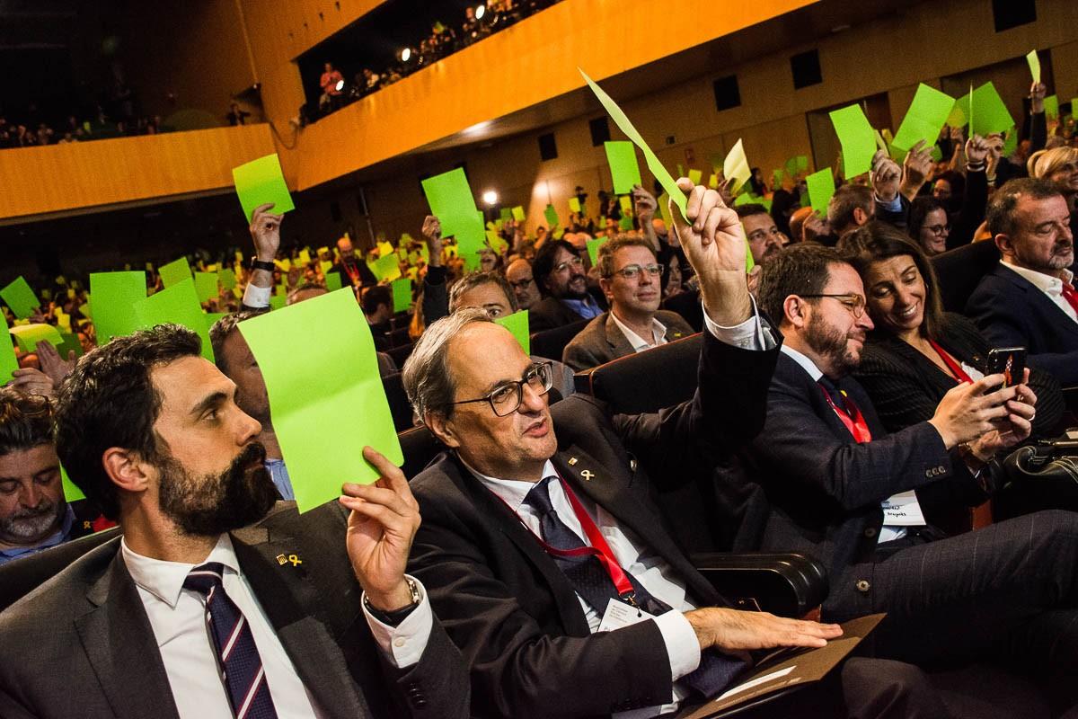 Quim Torra i Roger Torrent, en la sessió constitutiva de l'Assemblea de Càrrecs Electes
