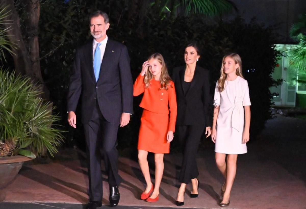 Felip VI, la reina Letícia i les seves filles