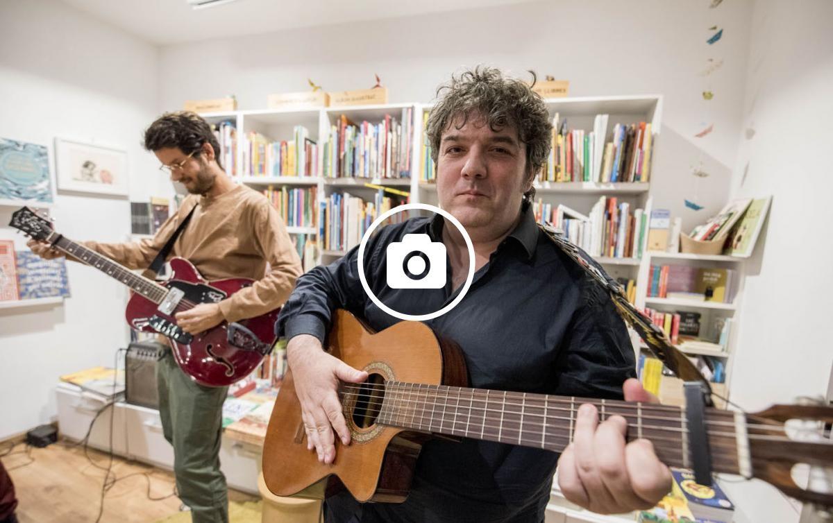 Invisible Harvey a la llibreria Atzavara de Barcelona