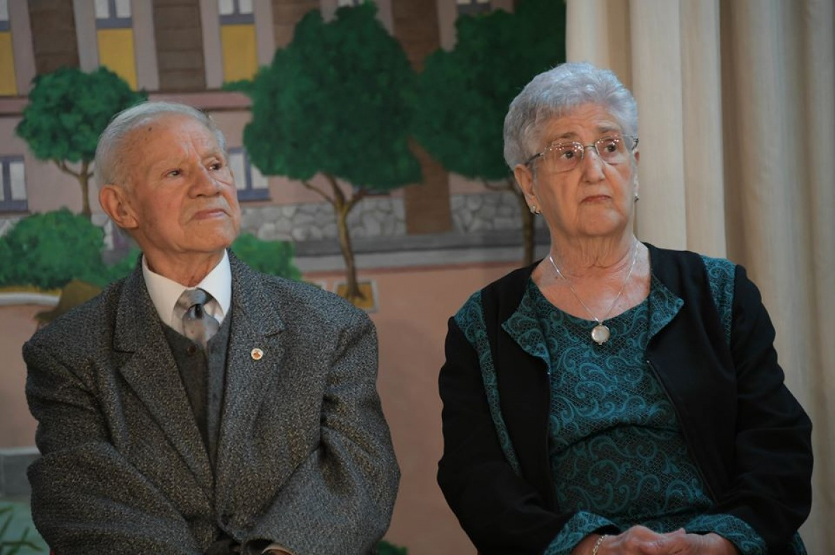 Francesc Ribalda i Carme Serra reben un homenatge al Casal de la Gent Gran