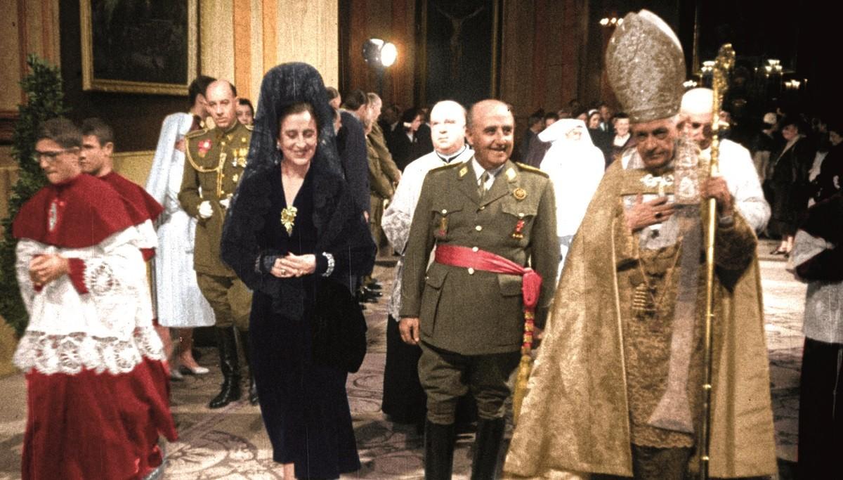Un dels moments del documental de Minoria Absoluta sobre la vida de Franco.