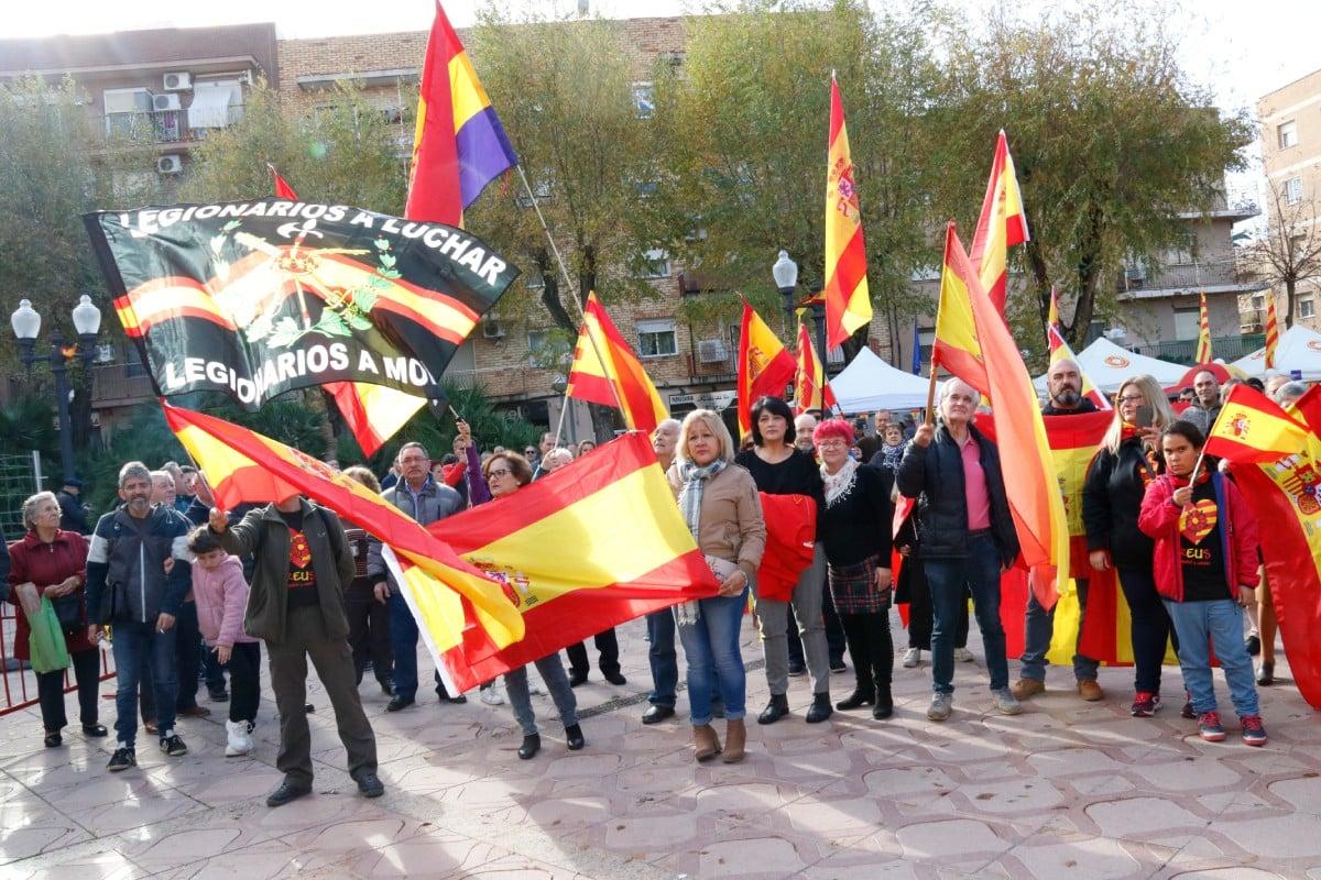 Acte d'homenatge a la Constitució al barri tarragoní de Bonavista, organitzat per Societat Civil Catalana
