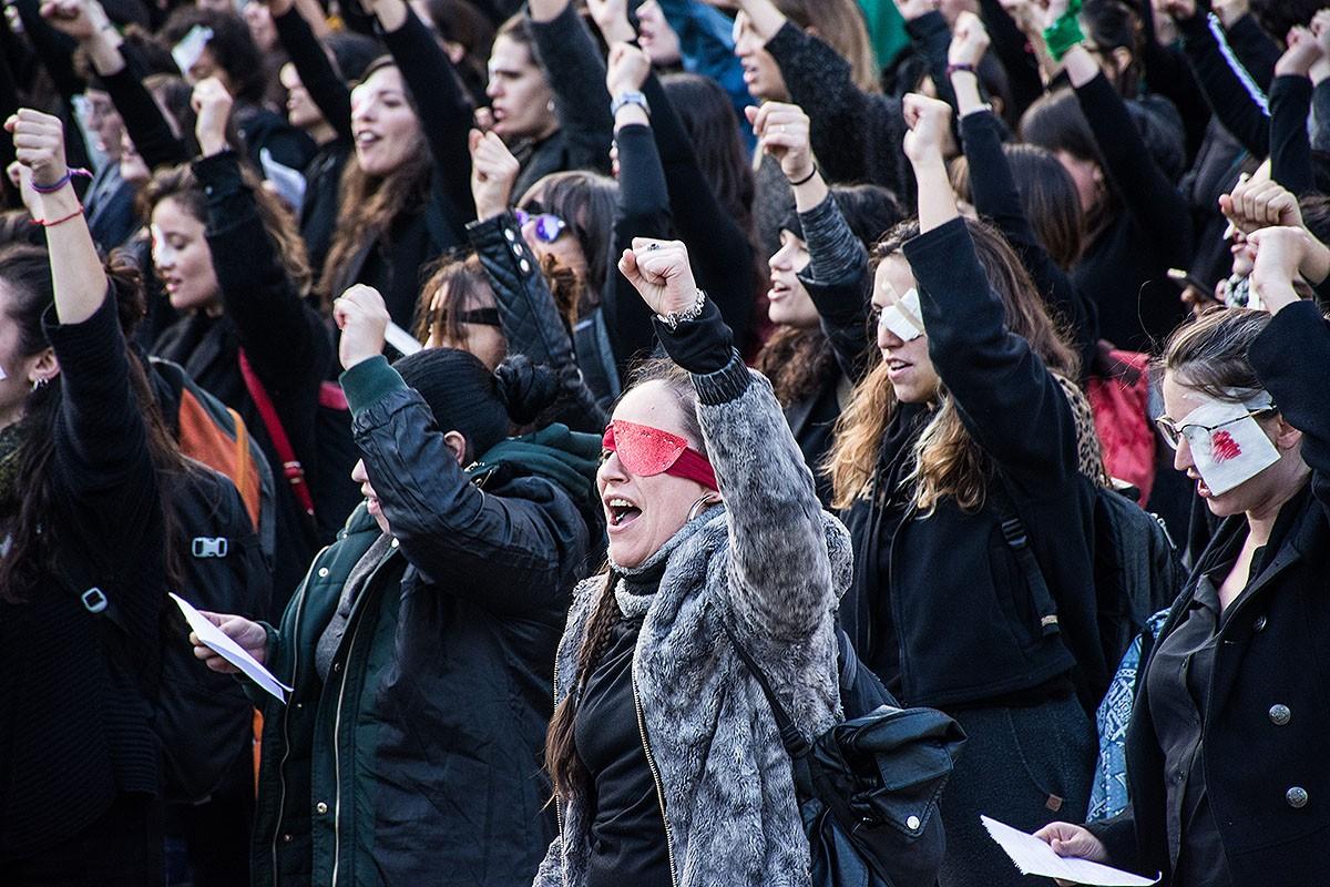 L'himne contra la violència masclista interpretat a Barcelona