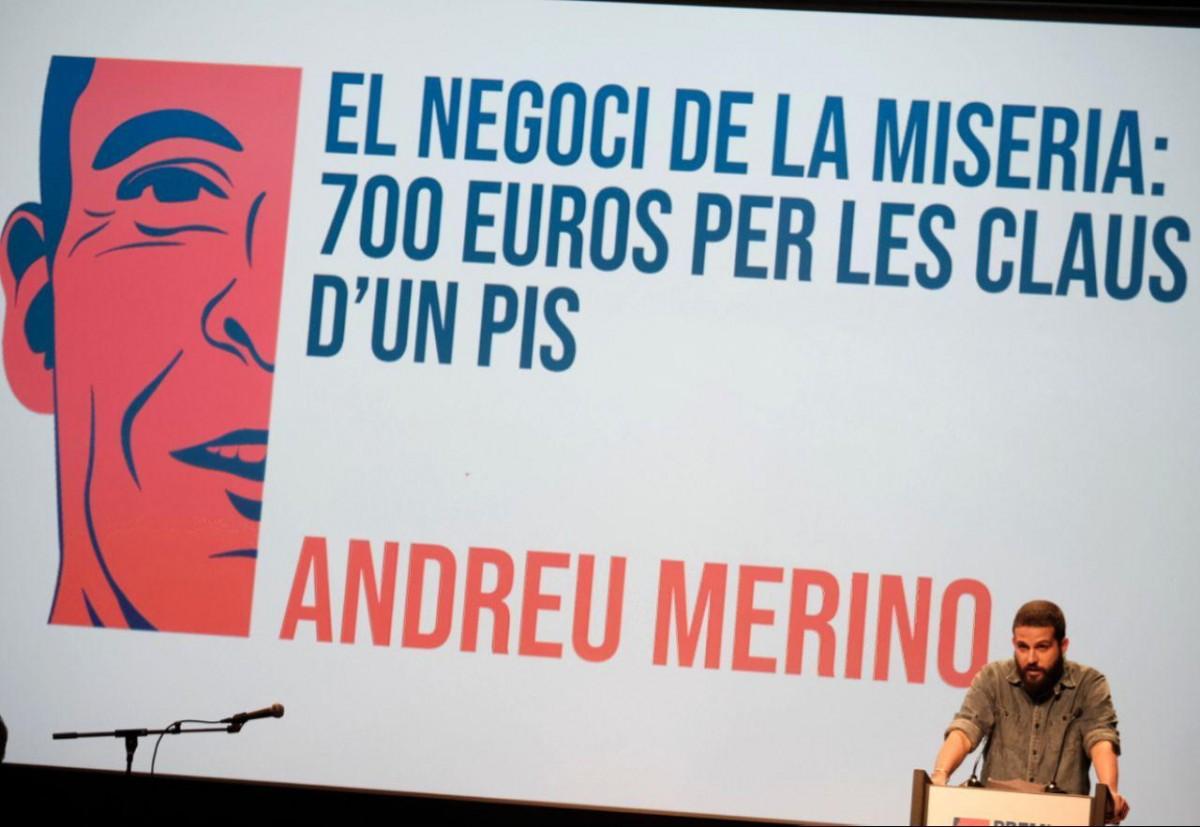 Andreu Merino durant la seva intervenció en la gala del Premi Barnils al Born CCM