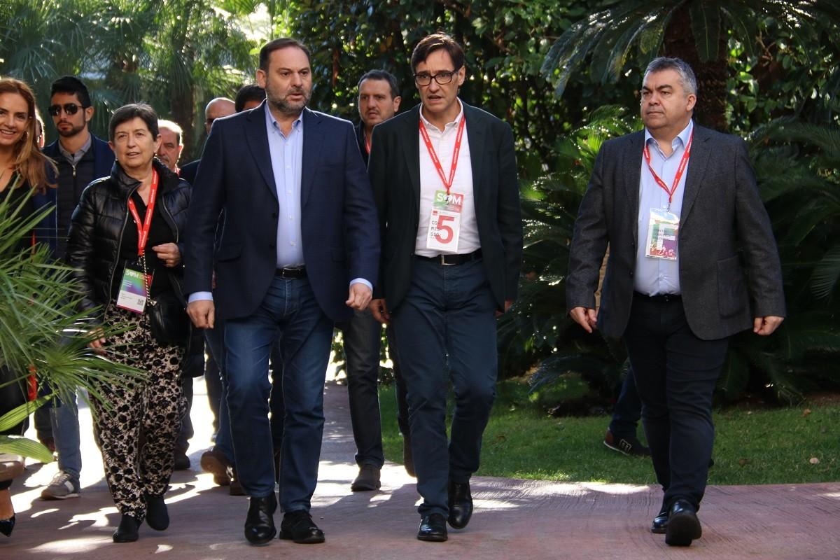 José Luis Ábalos, amb Teresa Cunillera i Salvador Illa, al congrés del PSC