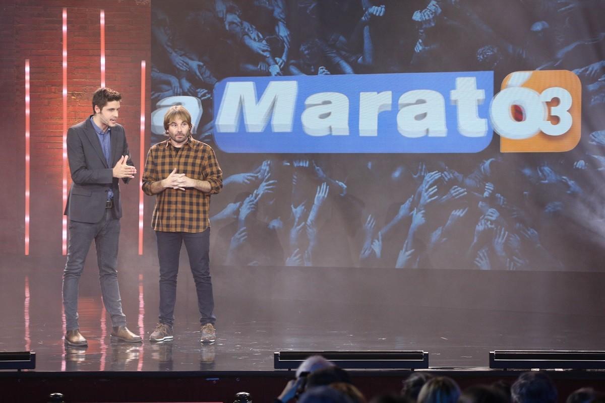 Roger Escapa i Quim Masferrer, a l'escenari del Casino de l'Aliança del Poblenou, a La Marató 2019