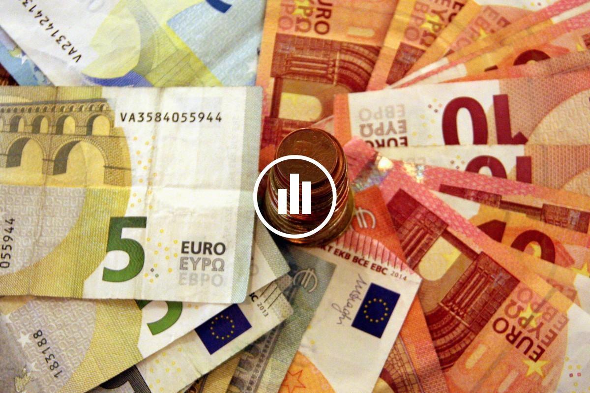 Els catalans amb més ingressos o d'esquerres són els més predisposats a pagar impostos.