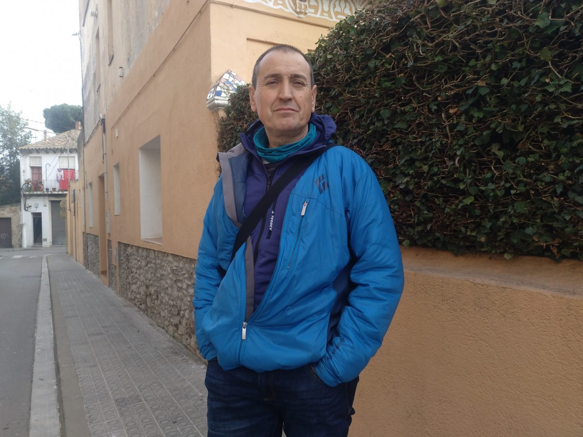 L'historiador i veí de Sant Celoni Argimiro Ferrero just al carrer on va ser assassinat Quico Sabaté