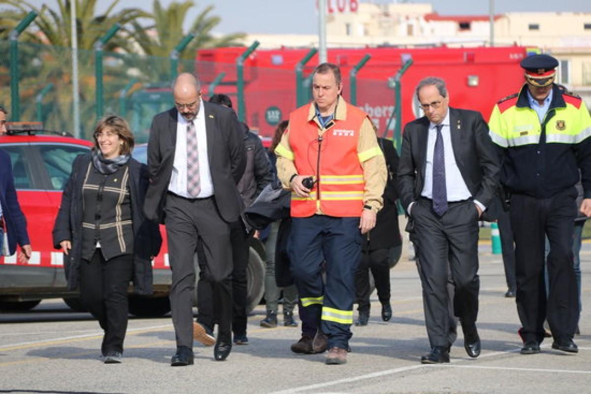 El president Quim Torra i el conseller Miquel Buch, amb els equips d'emergències a Tarragona