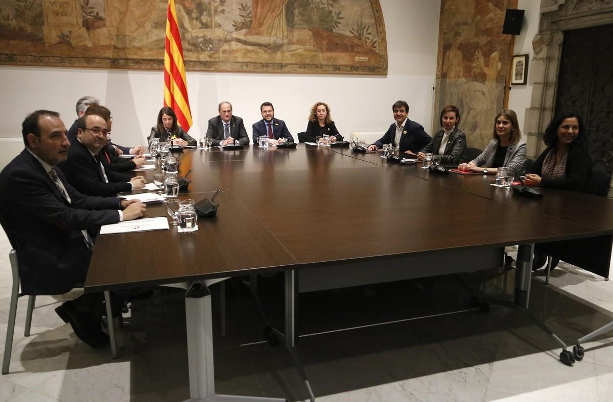 Tercera reunió de l'espai de diàleg al Palau de la Generalitat