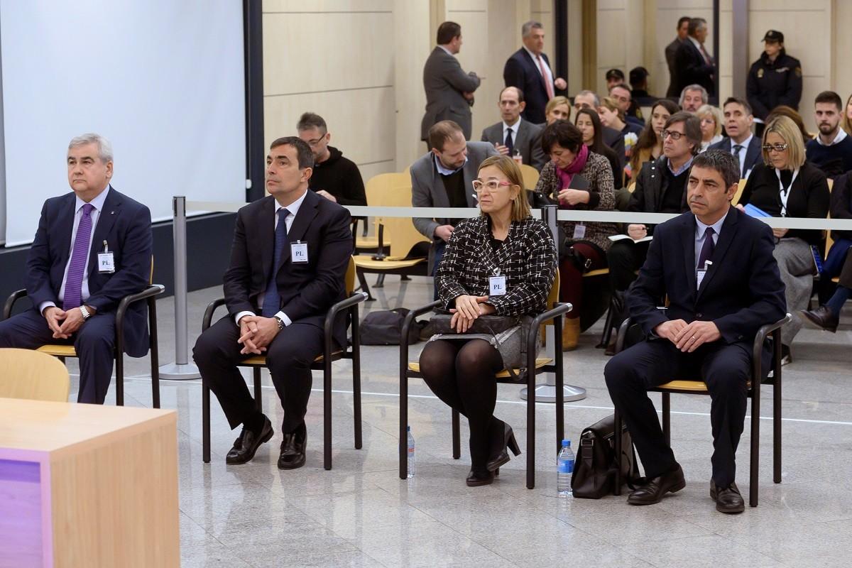 Josep Lluís Trapero, Teresa Laplana, Pere Soler i Cèsar Puig, a l'Audiència Nacional