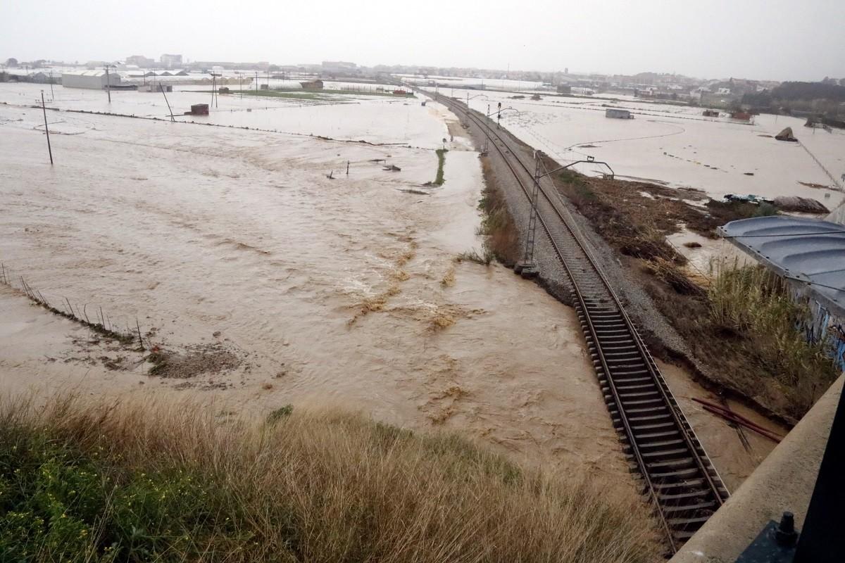 Conreus completament inundats a Malgrat.