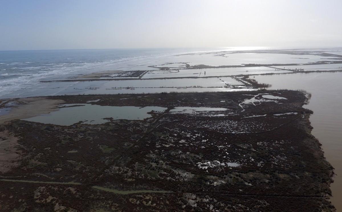 L'illa de Buda, al Delta de l'Ebre, després del temporal.
