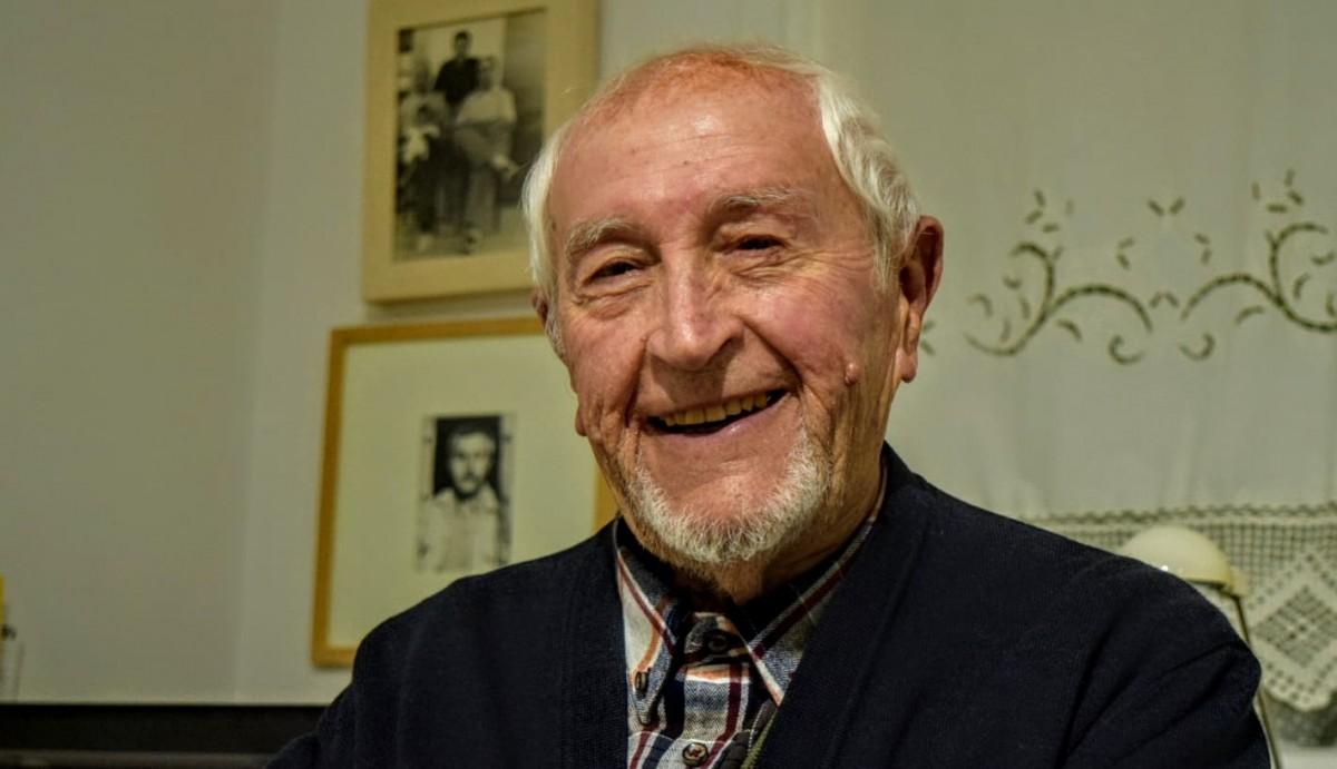 Josep Vallverdú, al seu pis de Balaguer
